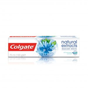 Colgate Natural Extracts Radiant White Seaweed Salt Toothpaste, 75ml